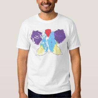 Plantilla de la camiseta con la mariposa playera