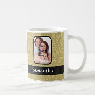 Plantilla de la foto del damasco del oro taza
