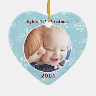 Plantilla de la foto del ornamento del corazón del adorno navideño de cerámica en forma de corazón