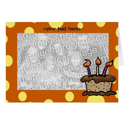Plantilla de la tarjeta de la torta de cumpleaños