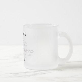 Plantilla de la taza del vidrio esmerilado