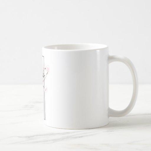 Plantilla de las flores de cerezo del boda taza básica blanca