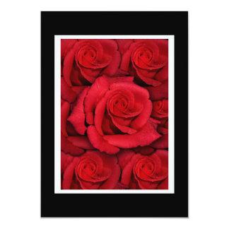 """Plantilla de las invitaciones - rosas rojos invitación 5"""" x 7"""""""