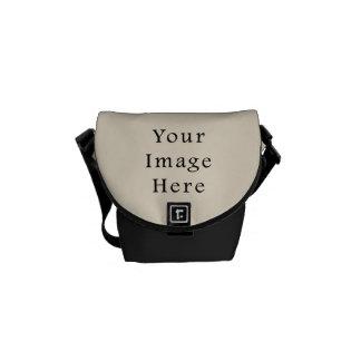 Plantilla de marfil del espacio en blanco de la te bolsas de mensajería