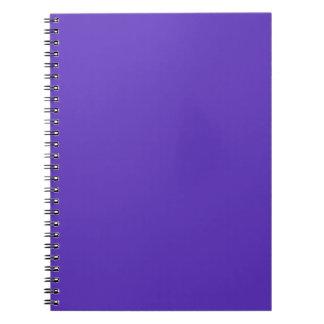 Plantilla del color de la tendencia de la púrpura spiral notebook
