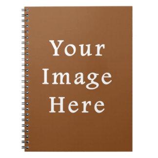 Plantilla del espacio en blanco de la tendencia de spiral notebook