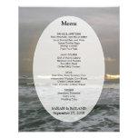 Plantilla del menú del boda de playa de las olas o tarjeta publicitaria