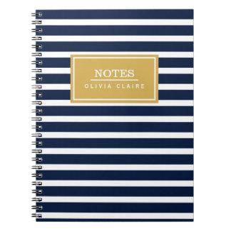 Plantilla del nombre del oro del modelo de la raya spiral notebooks