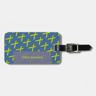 Plantilla estándar amarilla de la cinta etiquetas maleta