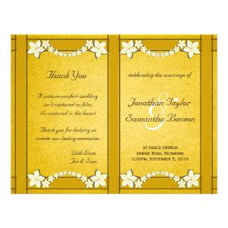 Plantilla floral del programa del boda del oro folleto 21,6 x 28 cm