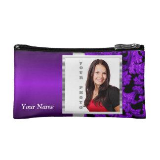 Plantilla floral negra y púrpura del damasco