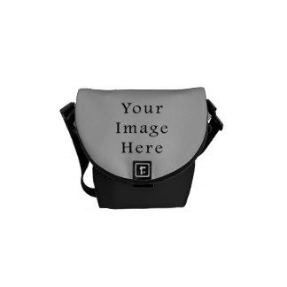 Plantilla gris clara del espacio en blanco de la t bolsa messenger