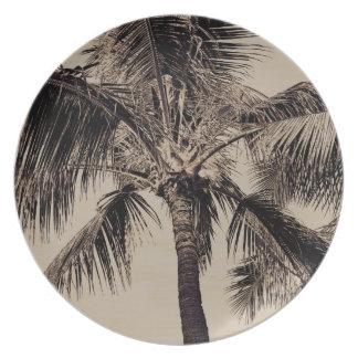 Plantilla hawaiana retra de la palmera de la sepia plato
