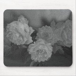 Plantilla ilustrada del personalizado de los rosas tapetes de ratón