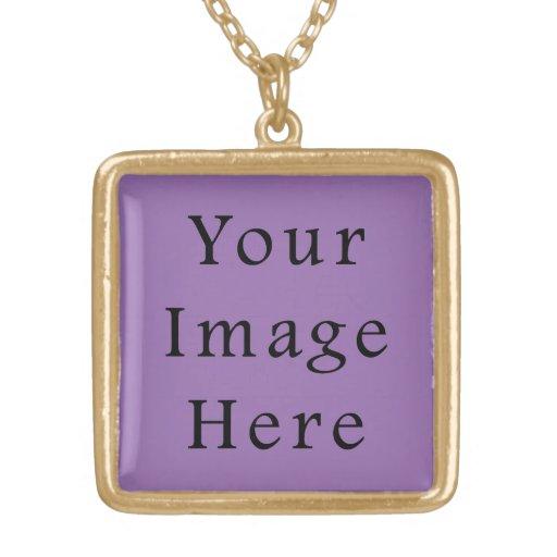 Plantilla púrpura del espacio en blanco de la tend colgante cuadrado