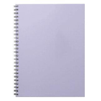 Plantilla púrpura del espacio en blanco de la tend spiral notebook