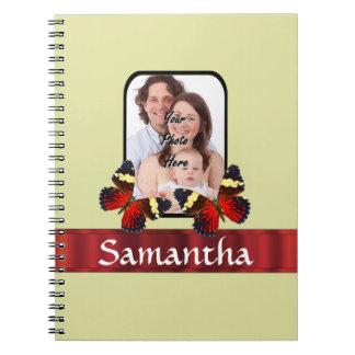 Plantilla roja de la foto de las mariposas spiral notebook