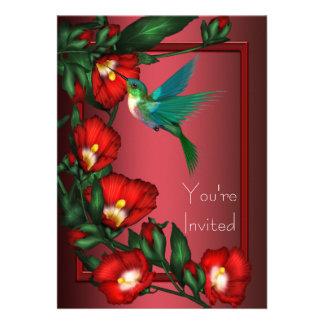 Plantilla roja de la invitación del colibrí del hi