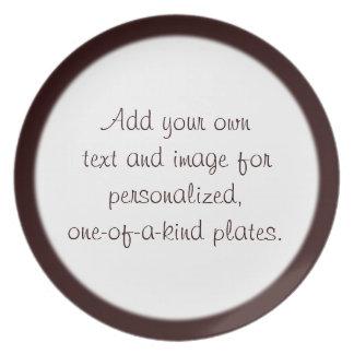 Plantilla rojo oscuro de la placa del borde platos para fiestas