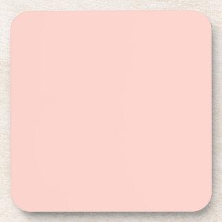 Plantilla rosa clara del espacio en blanco de la t posavasos de bebidas