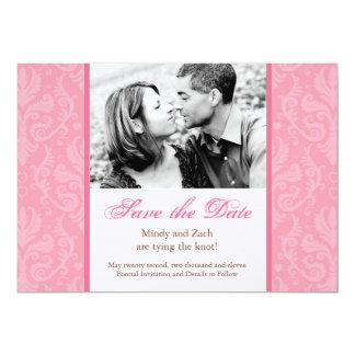 Plantilla rosada de la invitación del boda
