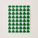 Plantilla verde y blanca del modelo del trébol puzzle con fotos