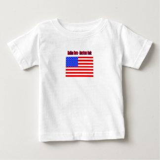 Plantilla vertical de la camiseta infantil - polera