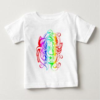 Plantilla vertical de la camiseta infantil - remeras