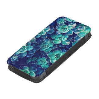 Plants of Blue And Green iPhone SE/5/5s/5c Pouch