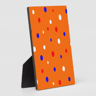 Plaque orange with confetti