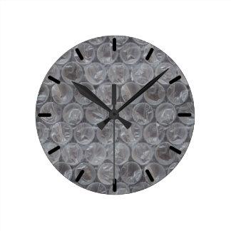 Plástico de burbujas reloj redondo mediano