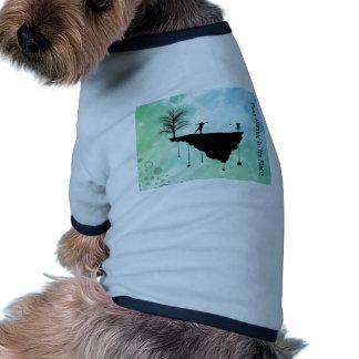 Plástico del putt en su lugar camiseta de perrito