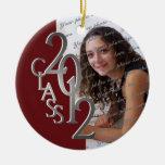 Plata 2012 y rojo de la foto de la graduación de l ornamento para reyes magos