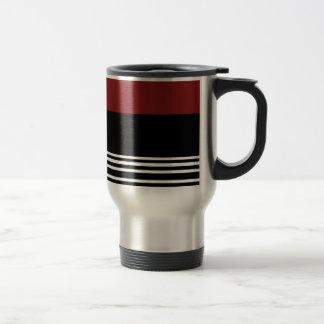 Plata de /Black/ > taza rojas del viaje del café