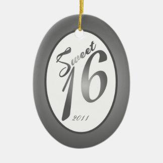 Plata de encargo personalizada del dulce 16 del adorno navideño ovalado de cerámica