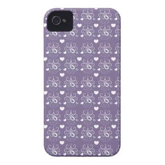 Plata de los anillos de bodas en púrpura oscura iPhone 4 cárcasa