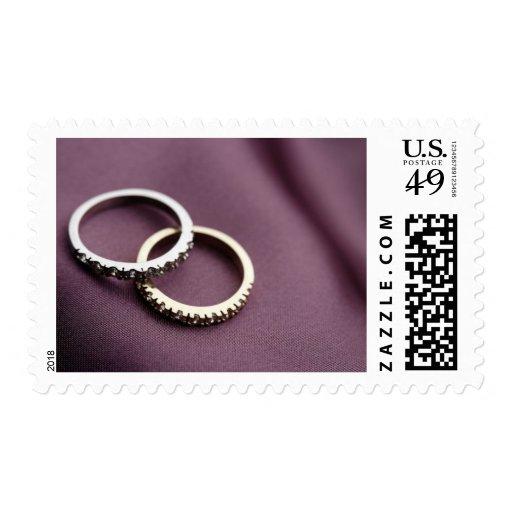 Plata de los anillos de bodas franqueo