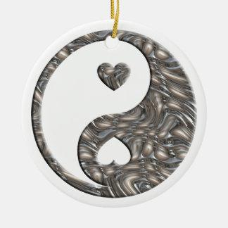 PLATA de Yin y de Yang/de los corazones Adorno Redondo De Cerámica