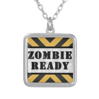 Plata esterlina del collar listo del zombi