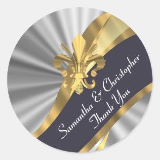 Plata, oro y sello negro del boda pegatina redonda