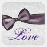 Plata y boda púrpura del damasco del amor del arco calcomanías cuadradases