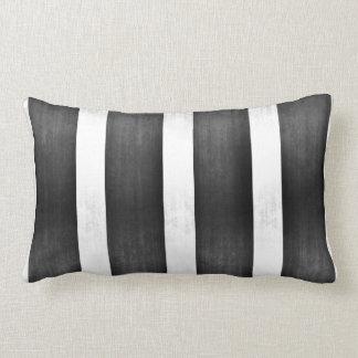 Plata y hoja del negro falsa cojines