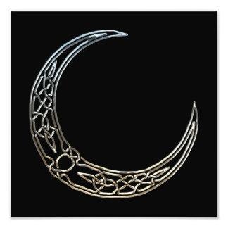 Plata y luna creciente céltica del negro fotografías