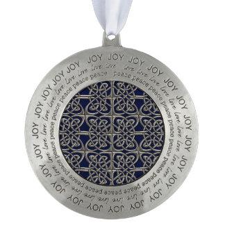 Plata y modelo conectado azul del Celtic de los Adorno Redondo De Peltre