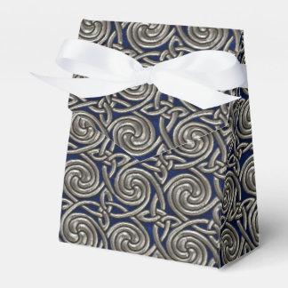 Plata y modelo de nudos espiral céltico azul caja para regalos de fiestas