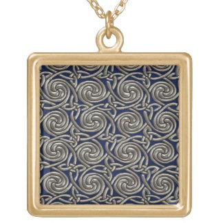 Plata y modelo de nudos espiral céltico azul colgante cuadrado
