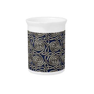 Plata y modelo de nudos espiral céltico azul jarras