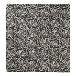 Plata y modelo de nudos espiral céltico del negro bandana