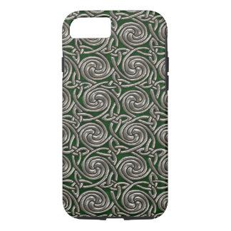 Plata y modelo de nudos espiral céltico del verde funda iPhone 7