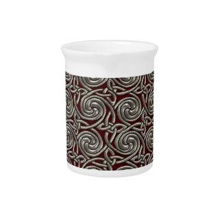 Plata y modelo de nudos espiral céltico rojo jarras para bebida